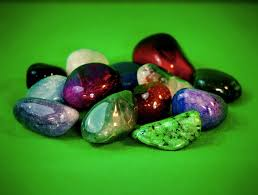 Birthstones by Month – What is My Birthstone? Urdu & English Guide